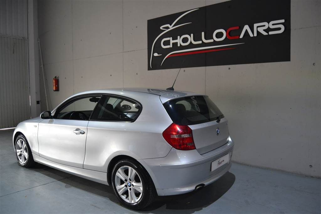 BMW Serie 1 116d (16)-min