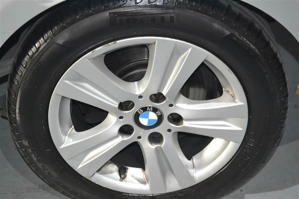BMW Serie 1 116d (24)-min