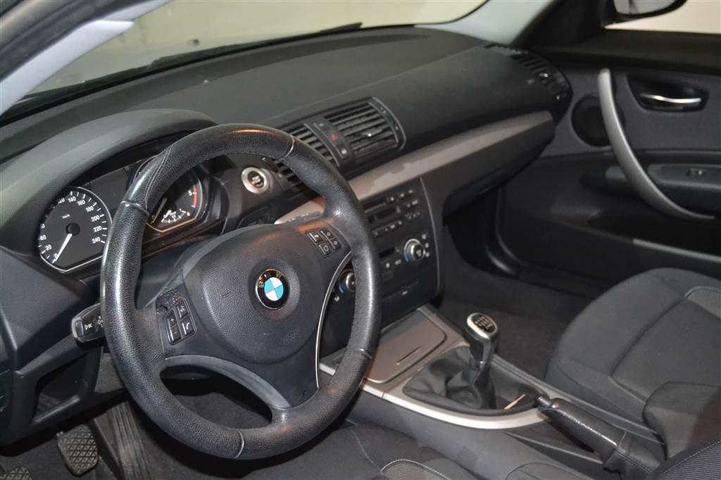 BMW Serie 1 116d (25)-min