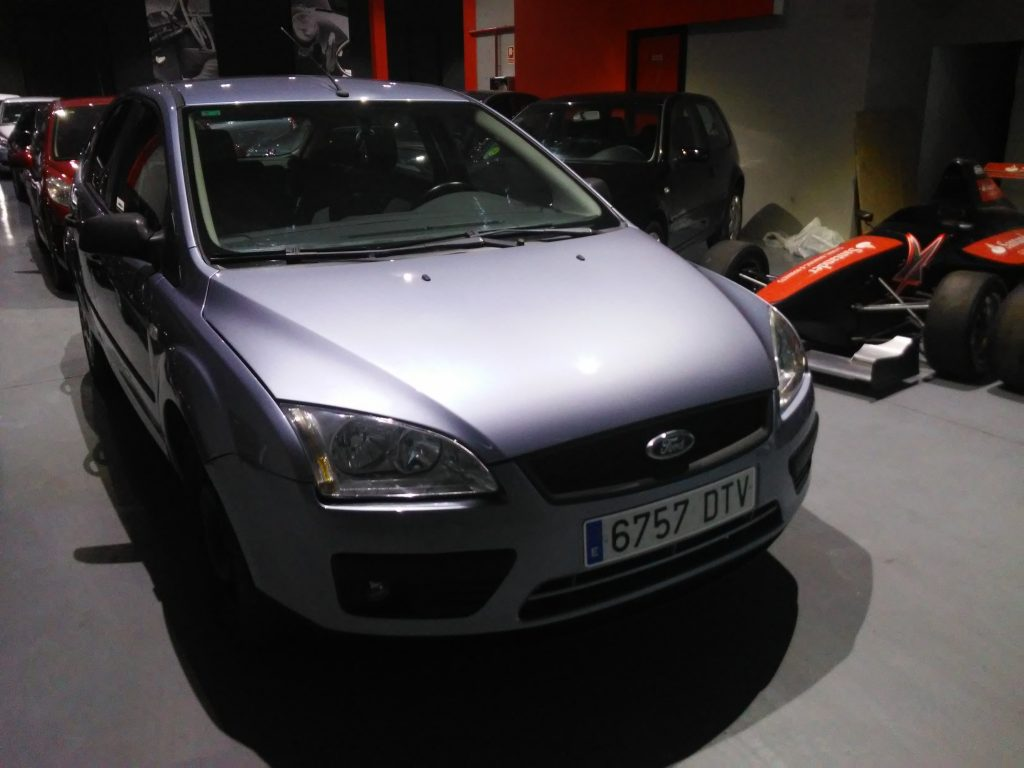 FORD - FOCUS 1. 6 TREND (1)-min