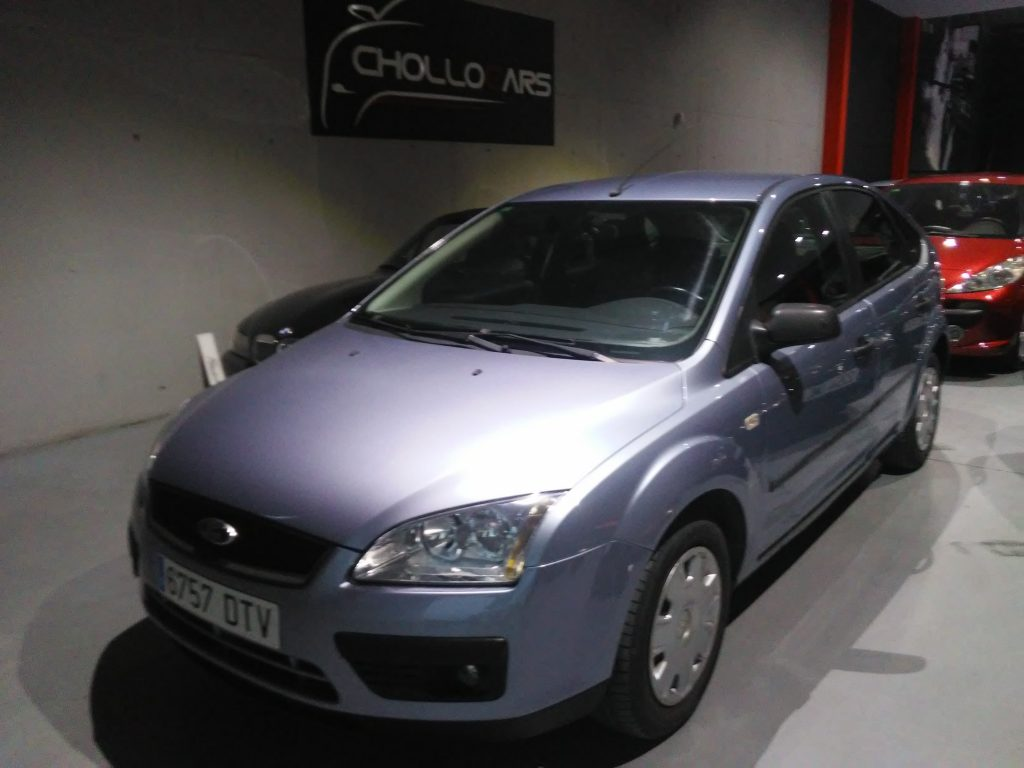FORD - FOCUS 1. 6 TREND (12)-min