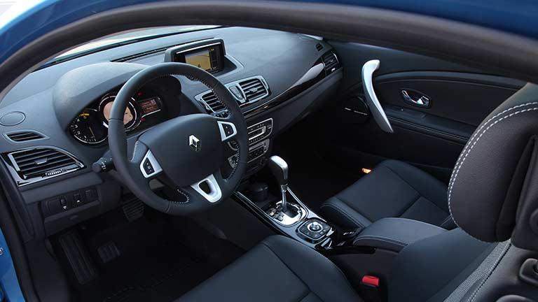 detalles interior renault megane