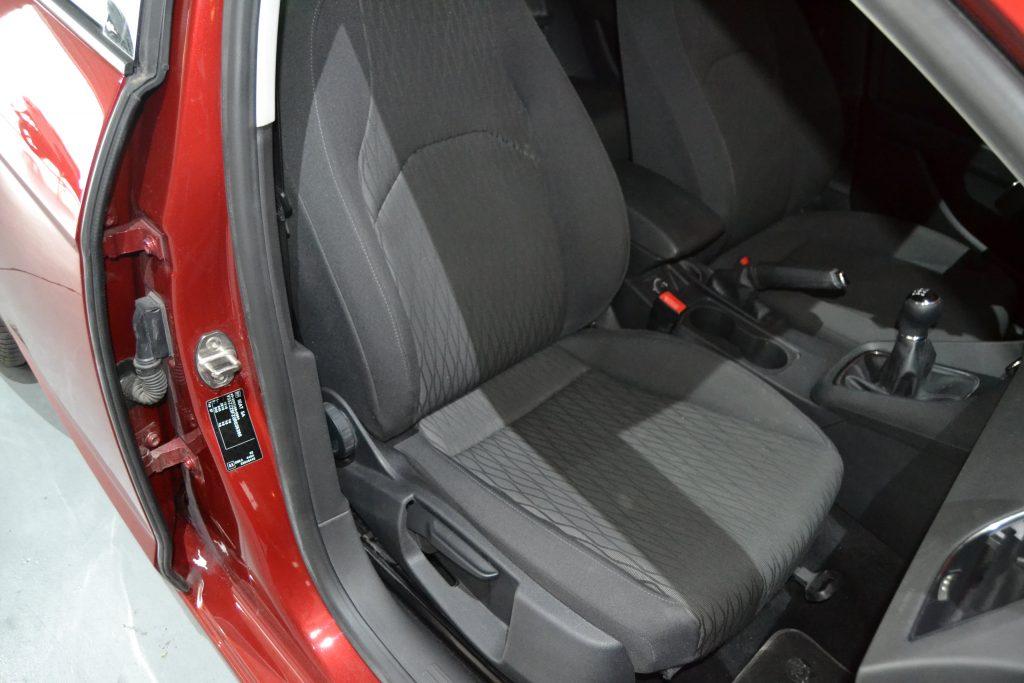 SEAT León ST 1.6TDI CR S&S Style 110 (4)