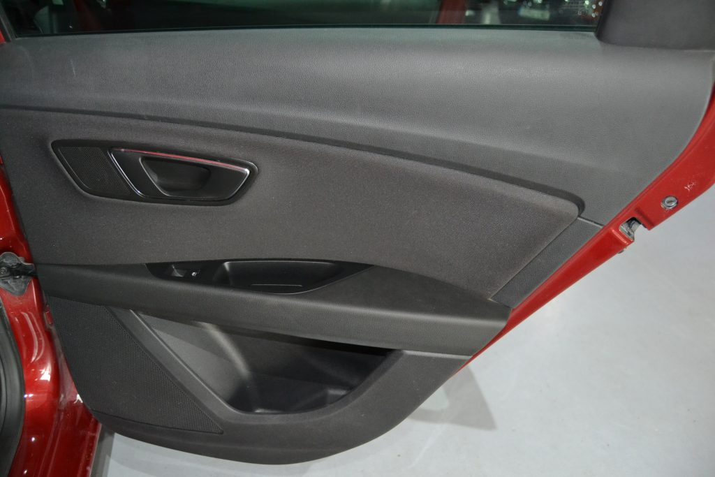 SEAT León ST 1.6TDI CR S&S Style 110 (6)