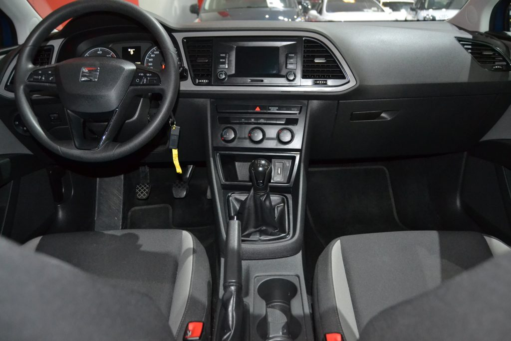 SEAT Leon 1.6 TDI 90CV Reference Plus (11)