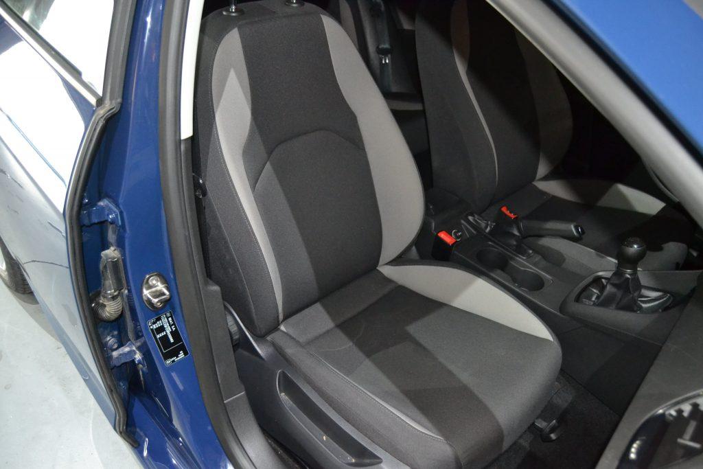 SEAT Leon 1.6 TDI 90CV Reference Plus (8)