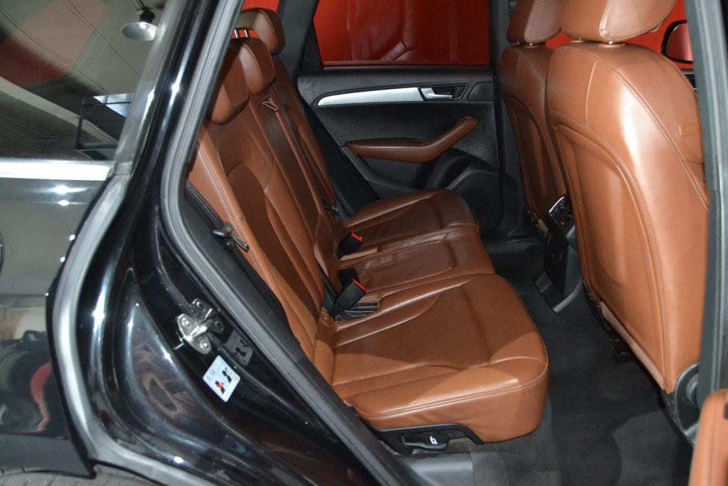 AUDI Q5 TDI quattro S tronic (11)