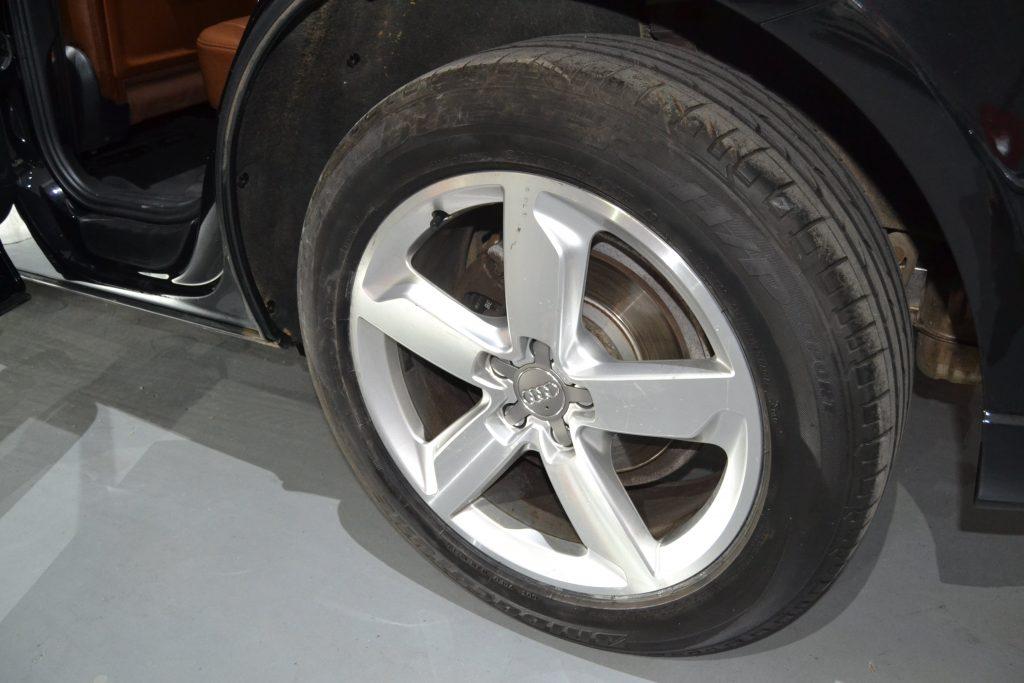 AUDI Q5 TDI quattro S tronic (7)