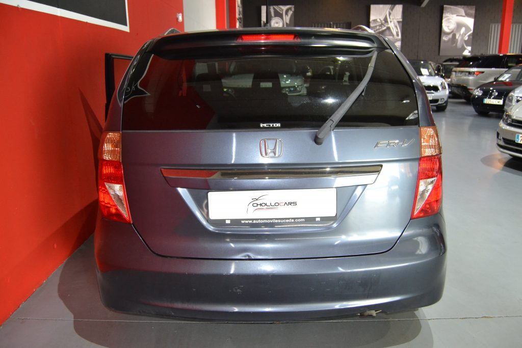 Honda FR-V 2.2i-CTDI Executive (8)