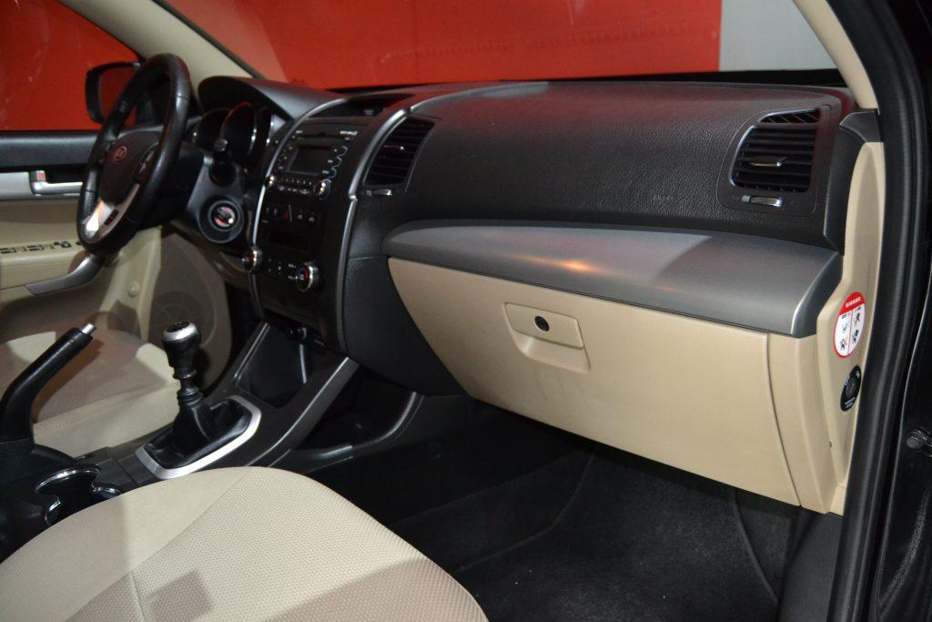 KIA Sorento 2.0 CRDi 150cv Drive (15)