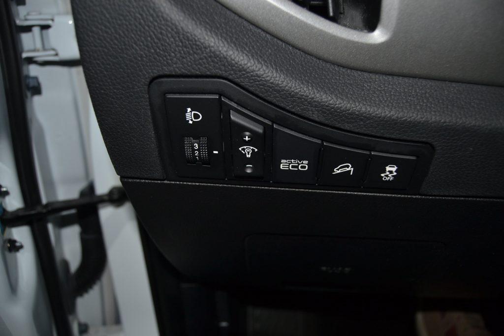 KIA Sportage CRDI VGT Drive 4x4 (2)