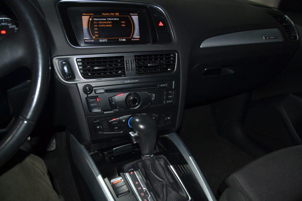 AUDI Q5 2.0 TDI 170cv quattro S tronic (13)