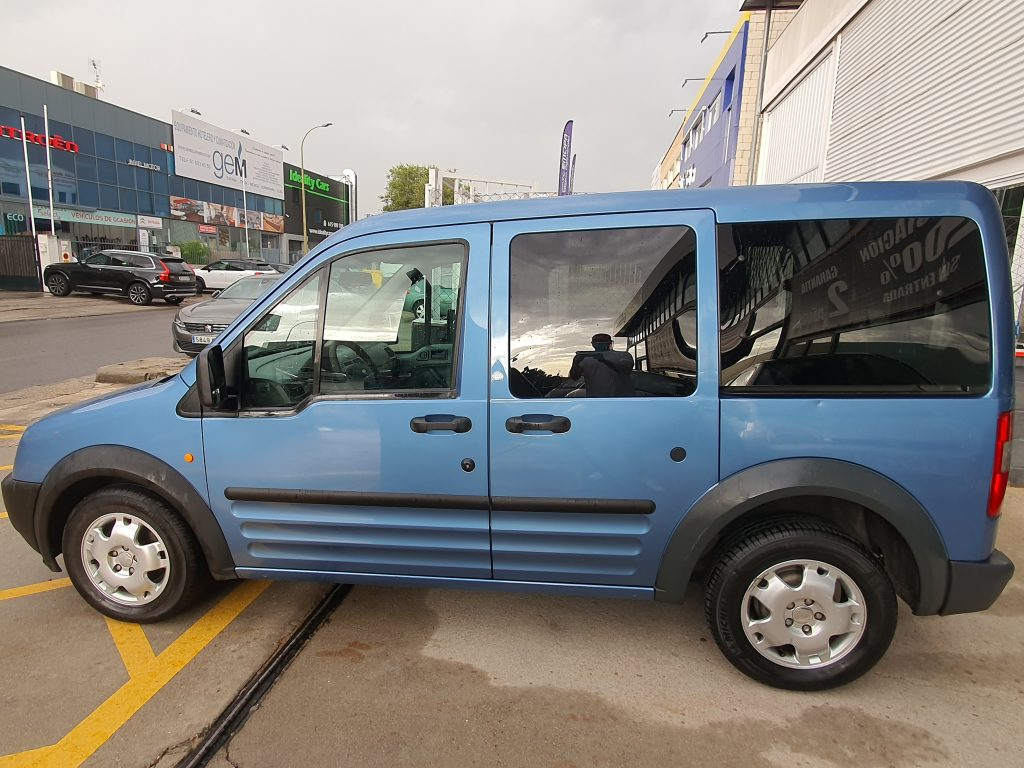 FORD Transit Connect 1.8 TDCi 110cv Tourneo Freespace 210 S